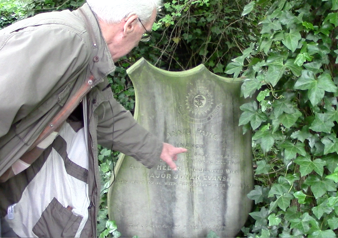 A Cemetery volunteer showing us his favourite places